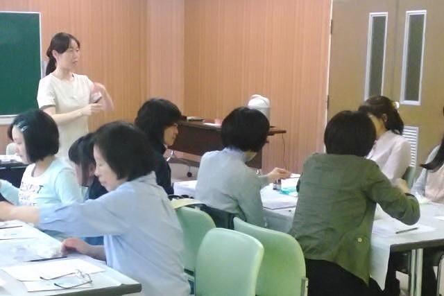 地域の公民館で開催したアロマ教室