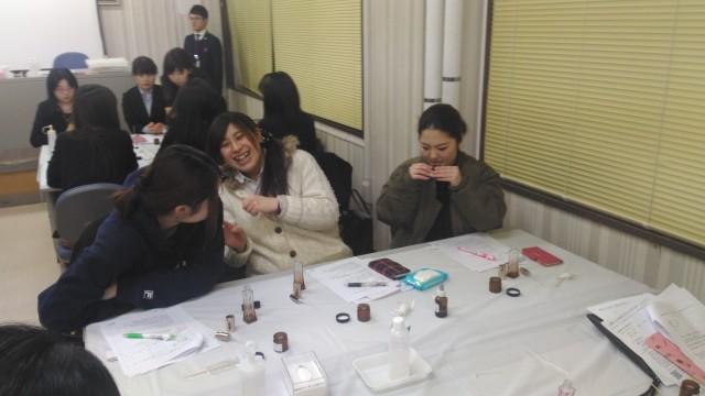 喜多方市勤労青少年ホームアロマ教室・笑顔